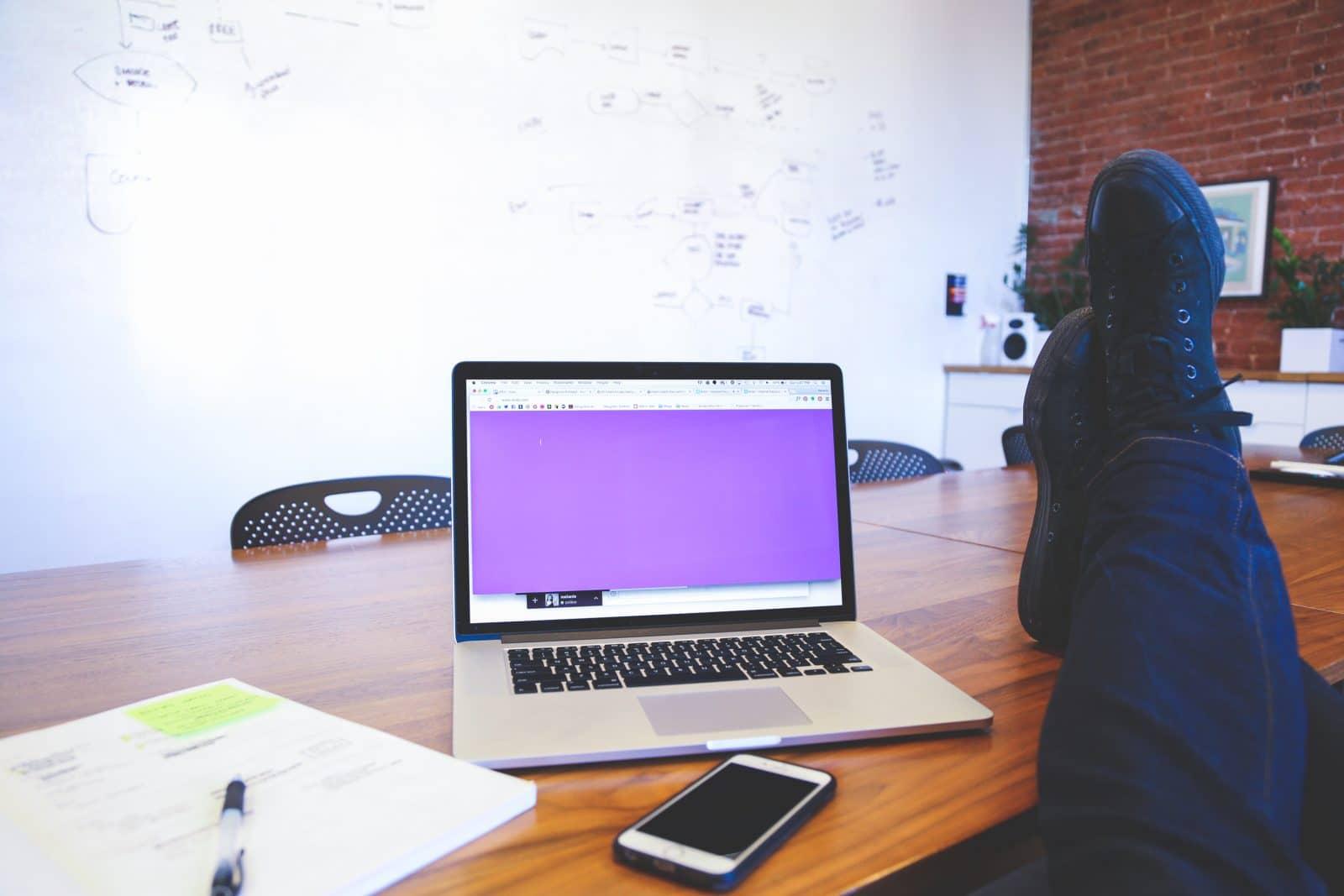 computer-work-desk